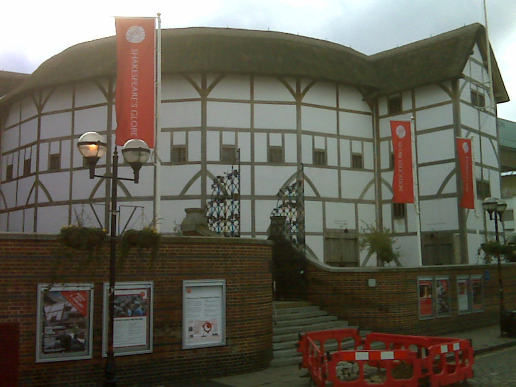 Shakespeare's Globe London By Cynthia